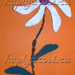 Белый цветочек из семян клена