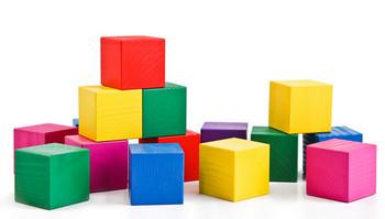 Волшебные превращения кубика и квадрата
